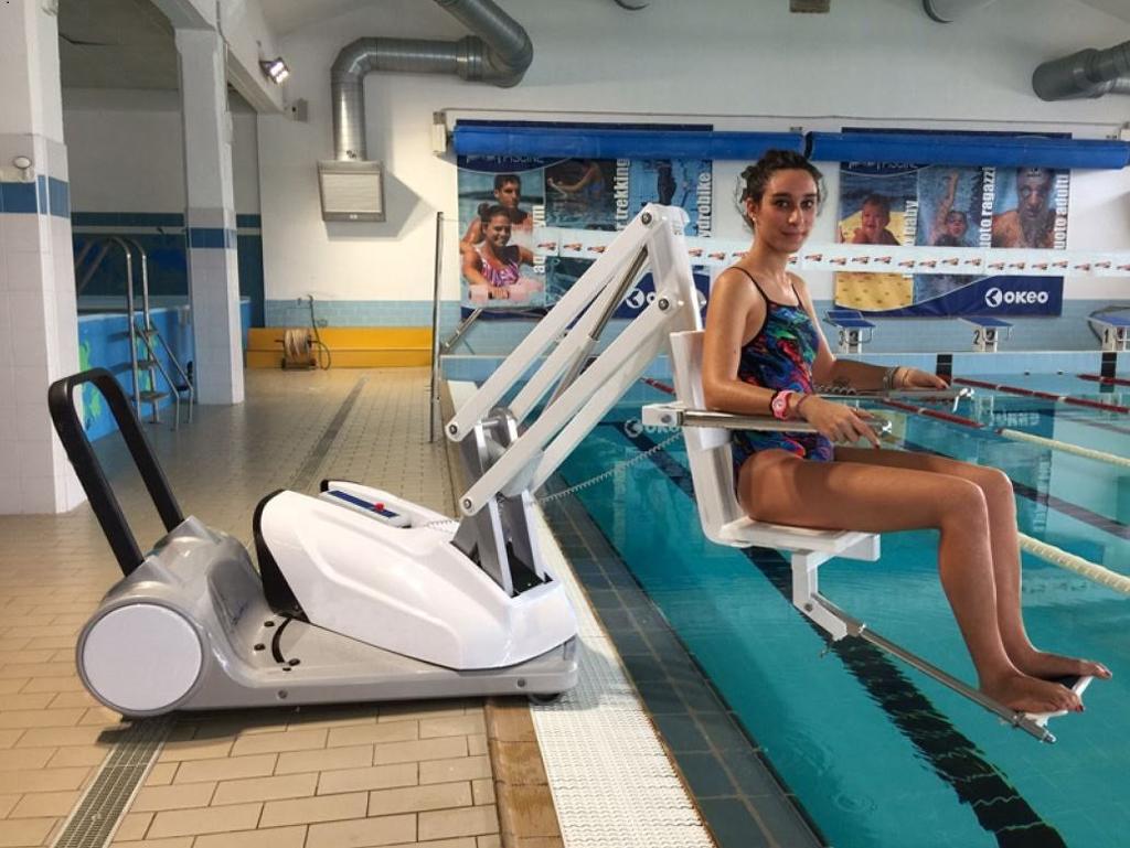 R37 mobiler Schwimmbadlifter Milieu 3 I