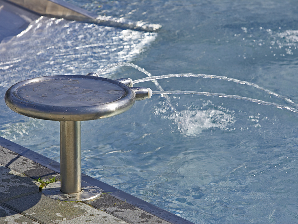Triade Wasserspritze I