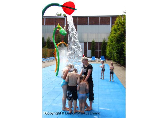 Wasserblume Bluetenwasserrad Kippbluete 4213 ret Ausschnitt Bluete I
