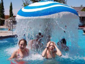 Attractions aquatiques pour les piscines de loisirs et les parcs à jets d'eau