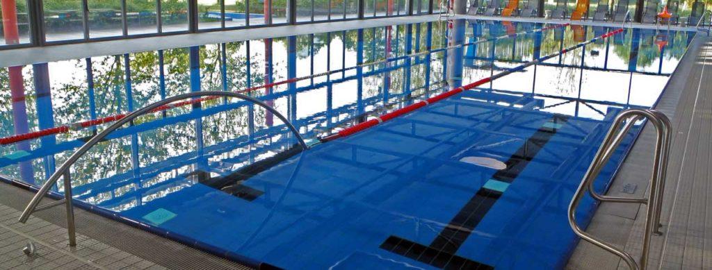 Frühschwimmerautobahn mit Einbahnstraßensystem für Schwimmbecken in öffentlichen Schwimmbädern